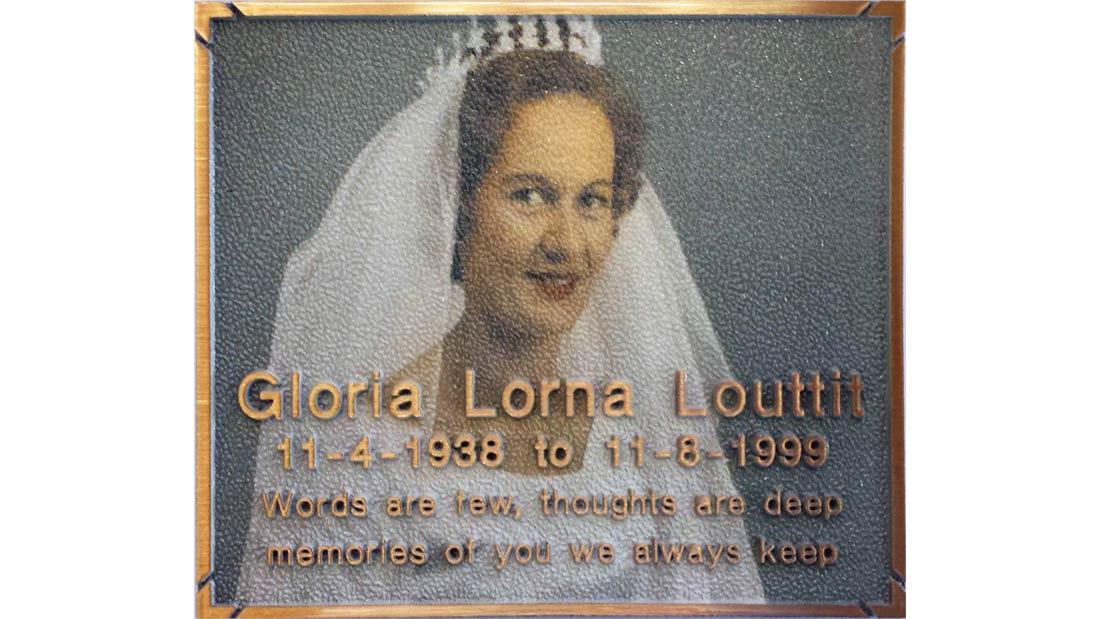 Gallery - Gloria Louttit Portrait Plaque